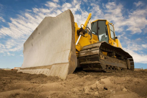 What is the difference between an equipment lease vs finance?